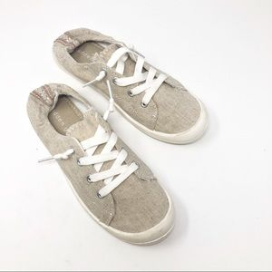 Madden Girl | Women's Barby Sneakers Size 7